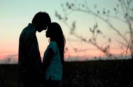 Những câu chuyện tình yêu bị cấm đoán lâm li bi đát